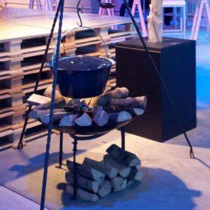 Heksenketel 22 Liter Compleet met Driepoot Vuurschaal en Pan Lydison Verhuur